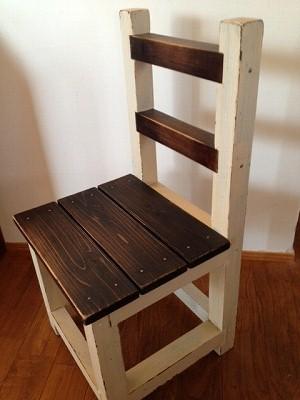子供椅子 2