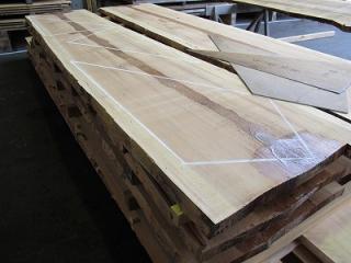日光産杉階段材:三段廻り木取り